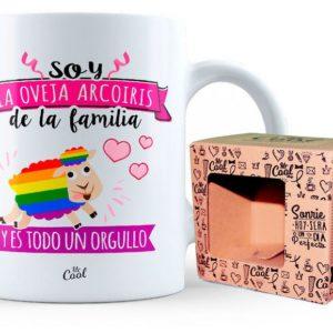 TAZA SOY LA OVEJA ARCO IRIS DE LA FAMILIA