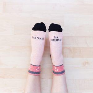 calcetines solidarios contra el cancer de mama
