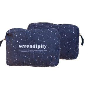 neceser de tela en azul marino con la palabra serendipity regalos bonitos y originales